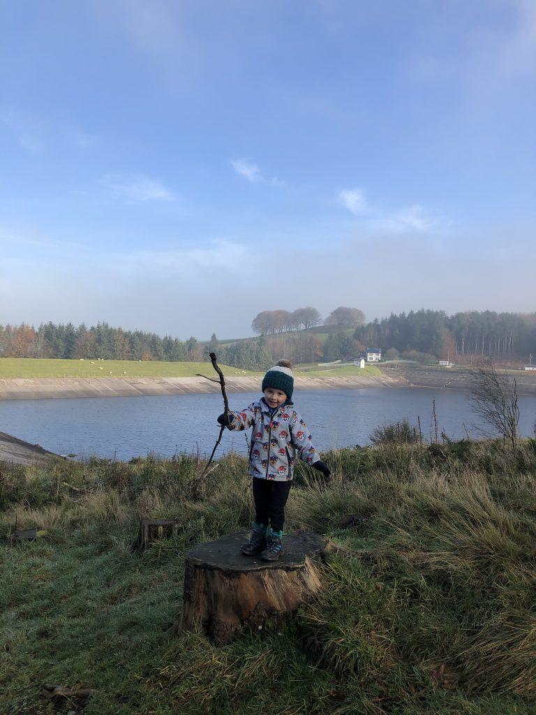 Little man with big stick / reservoir views