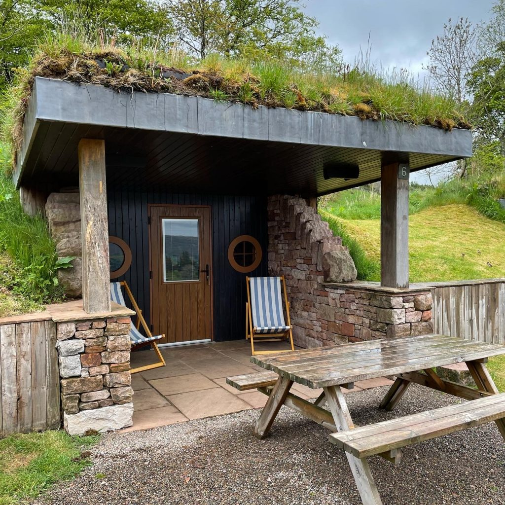 Hobbit Hole at the Quiet Site Ullswater